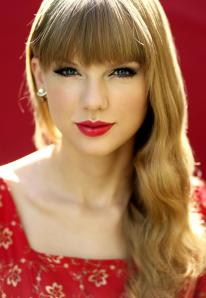taylor swift red lip